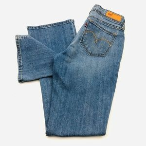 Levi's Bold Curve Bootcut Women's size 9